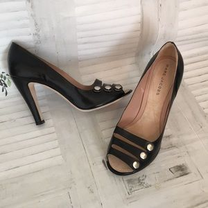 Marc Jacobs black leather peep toe heels sz 9